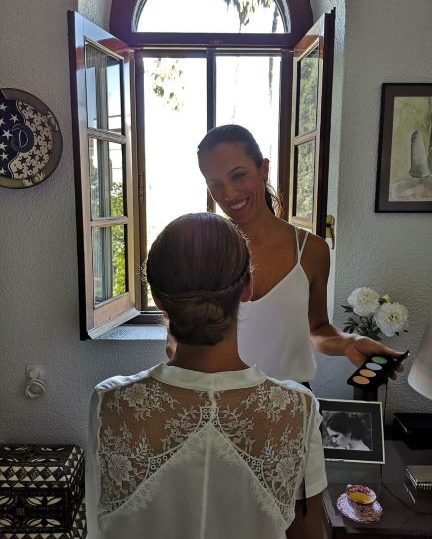 Soy Luisa Portales maquilladora profesional para novias, bodas y eventos.